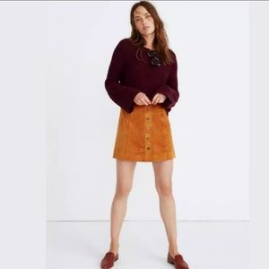 NEW🎀Chestnut faux suede aline snap skirt